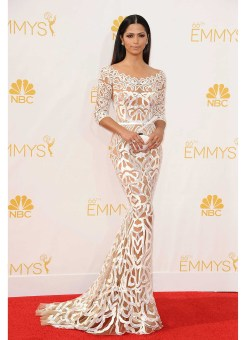39-Camila-Alves-at-the-Emmy-2014-Awards