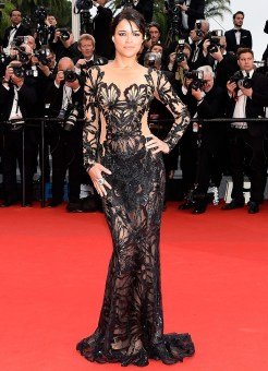82-michelle-rodriguez-Premiere-of-Mad-MAx--at-the-68th-Annual-Cannes-International-Film-Festival