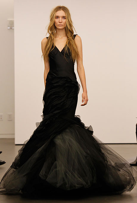 new-vera-wang-wedding-dresses-fall-2012-011