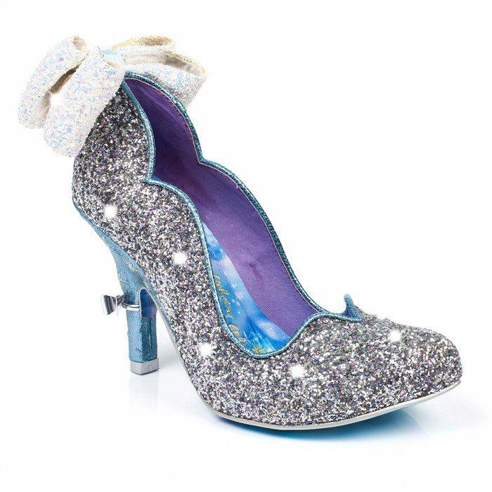 1477934319-sparkling-slipper